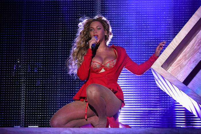 beyonc-at-made-in-america-2015